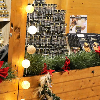 Chalets artisans du marché de Noël à L'Isle-sur-La-Sorgue